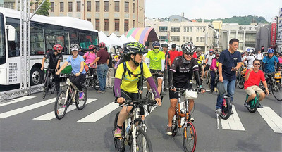 高雄生態交通日 上千民眾體驗低碳運具
