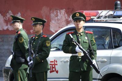 逃到國外仍被監視 中國整肅維吾爾族無遠弗屆