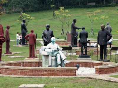 促轉會調查威權象徵 蔣介石塑像初步統計500座