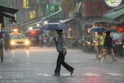 對流旺盛雨勢加劇 17縣市豪雨大雨特報