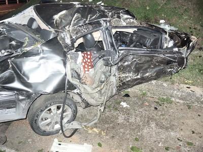 新北樹林轎車車禍 男受傷女友削掉頭皮死亡