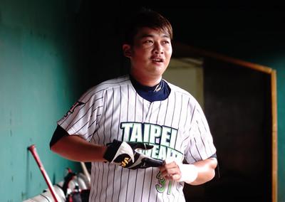 楊承翰開轟 台北興富發海峽盃捧首冠