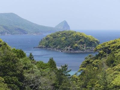 日本唯一灑葬島  儼然海上墓園