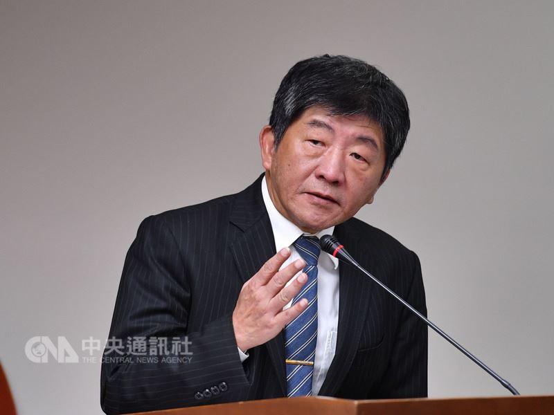 中國國民黨推動反核食公投,衛生福利部長陳時中12日在立法院表示,公投是人民表達意見的權利,會予以尊重,但不樂見將公投拿來政治操作,影響專業的判斷。中央社記者王飛華攝 107年3月12日