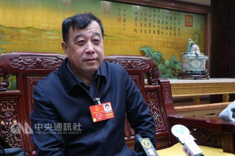 北京大學台灣研究院院長李義虎(圖)14日表示,對台事務有特殊性,處理台灣議題需要國台辦來承擔相當職責。對於中共中央對台工作領導小組與港澳工作協調小組合併傳聞,他沒有聽說,也不予置評。中央社記者繆宗翰北京攝 107年3月14日