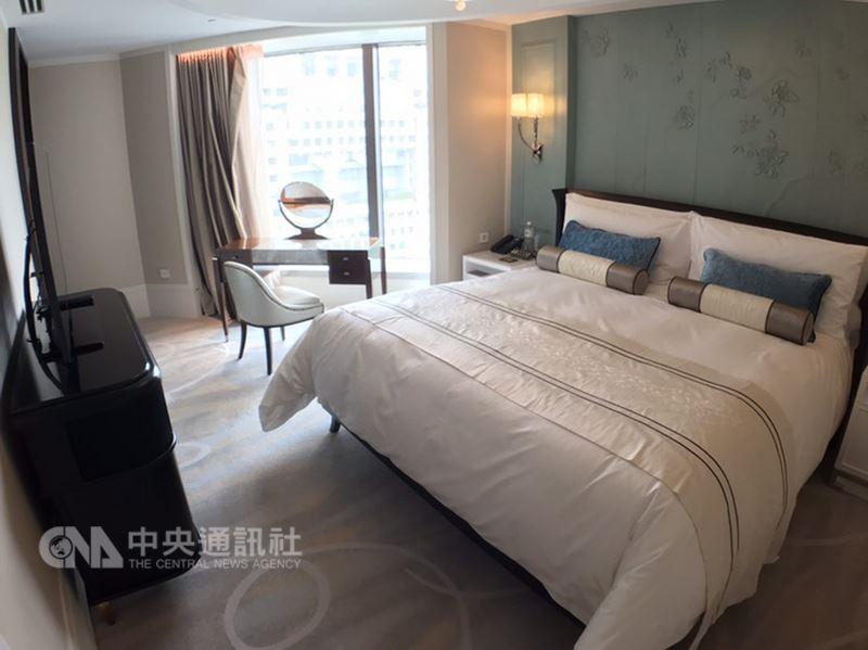 首屆台北米其林指南14日公布,除美食外也推薦台北25間旅館,台北文華東方酒店獲得紅色5等推薦。中央社記者陳葦庭攝 107年3月15日