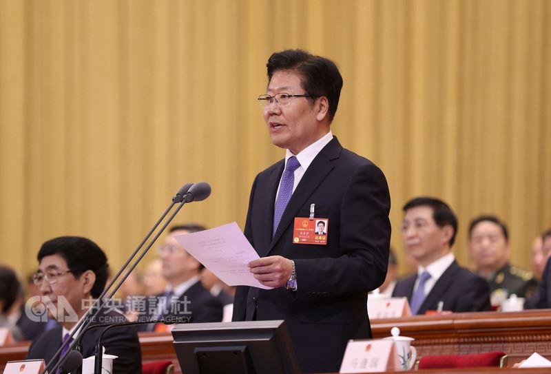 中國第13屆全國人大第一次會議17日選出常務委員會副委員長及秘書長。圖為排名第3的副委員長張春賢,一般預料他的仕途將到此為止。(中新社提供)中央社 107年3月17日