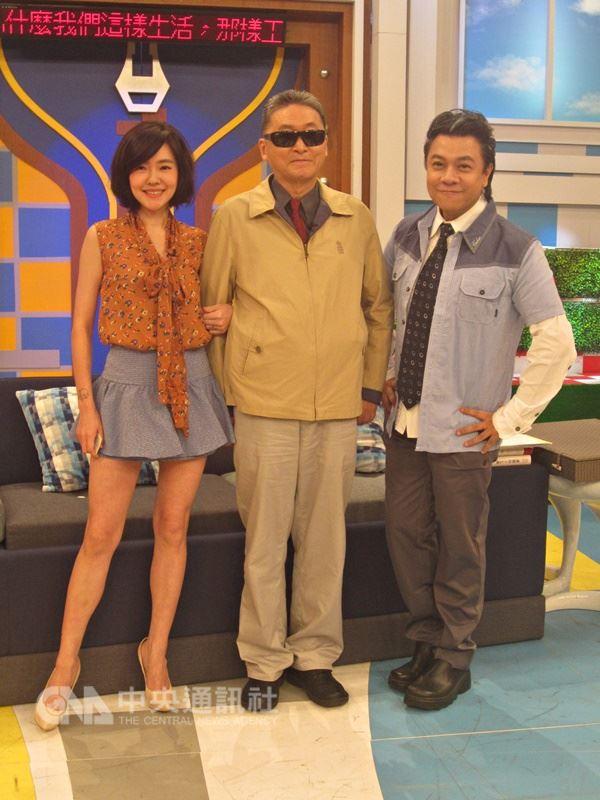 李敖是電視節目康熙來了2004年開播時首集來賓,之後也多次上節目與主持人蔡康永及小S幽默對話。(中央社檔案照片)