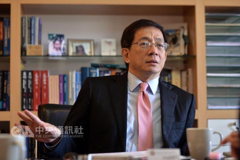 台灣大學遴選出的新校長管中閔,先後因擔任企業獨董、論文案、中國大陸兼職等爭議,至今仍無法上任。(中央社檔案照片)