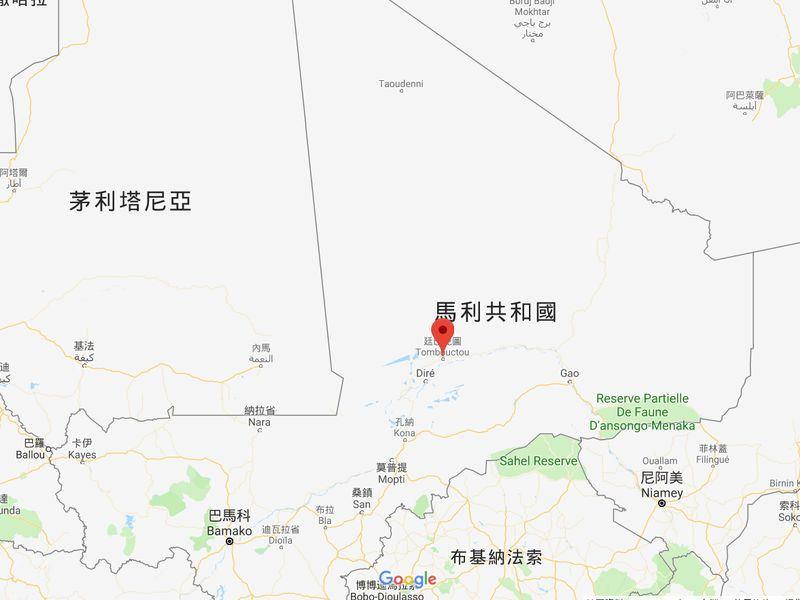 馬利當局表示,好戰分子14日在馬利北部城市廷巴克圖(紅點處),引爆兩輛自殺汽車炸彈並發射數十枚火箭攻擊法國和聯合國基地。(圖取自Google地圖www.google.com.tw/maps)