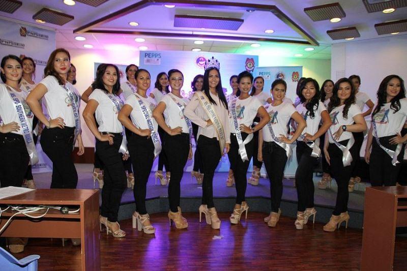 菲律賓警察總署舉辦「2018年美警選美大賽」,來自菲國各地的參選女警拋開制服換上輕裝。(圖取自菲警署小姐-#漂亮警察臉書www.facebook.com/MsPNPGandapulis/)