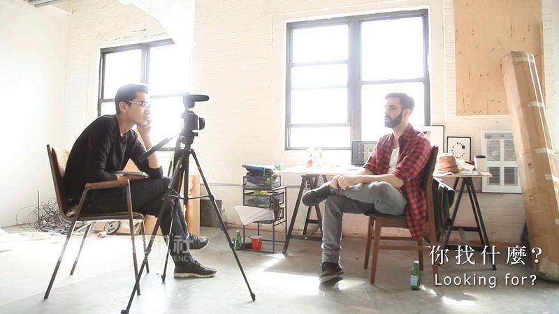劇場及影像導演周東彥(左)透過4年的跨國旅程,與60多位男同志訪談,完成紀錄片「你找什麼」,在國際備受關注。(狠主流提供)中央社記者汪宜儒傳真 107年4月17日