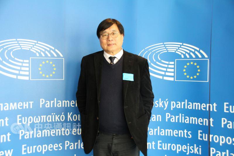 台灣關懷中國人權聯盟理事長楊憲宏4月24日在歐洲議會受訪表示,李凈瑜拒絕向中國低頭及私了,保護國家尊嚴與正義。中央社記者唐佩君布魯塞爾攝  107年4月25日
