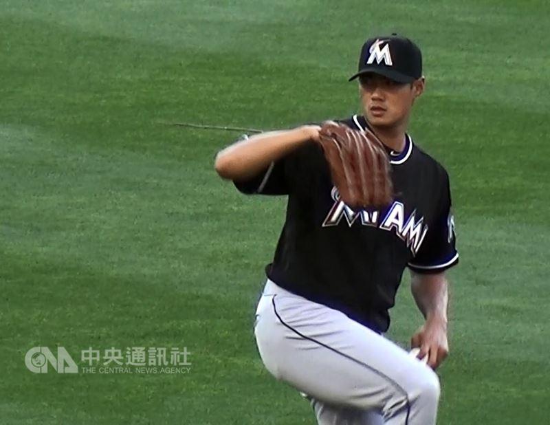 旅美馬林魚隊投手陳偉殷將重回大聯盟。(中央社檔案照片)
