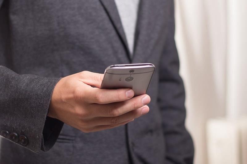 超过200名台湾人在西班牙涉及跨国电信诈骗,西班牙政府决定将其中2名递解到中国大陆。外交部17日表达严正关切与强烈遗憾。此为示意图。(图取自Pixabay图库)