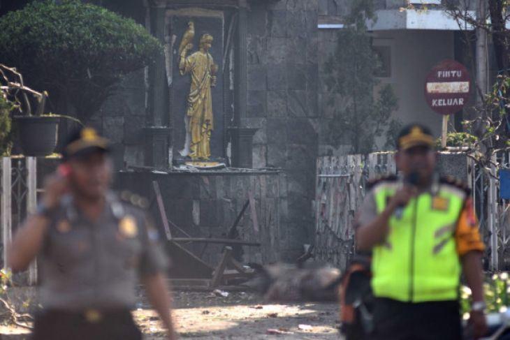 印尼第2大城泗水3間教堂13日上午遭到自殺炸彈攻擊。(檔案照片/安塔拉通訊社提供)