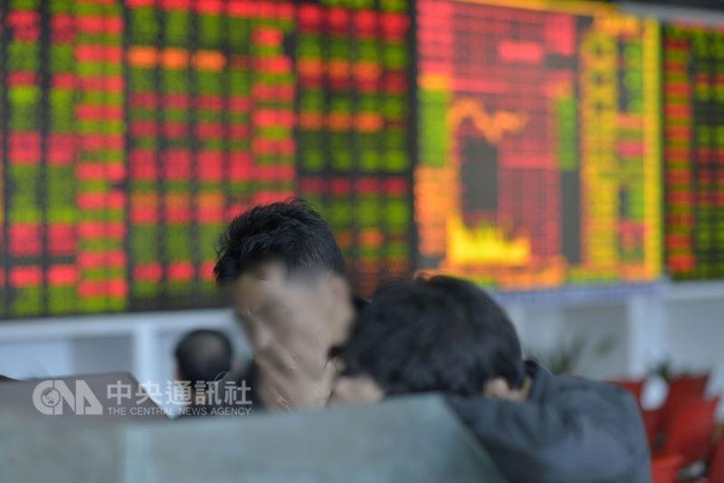 生產陸版威而鋼獲批,常山藥業稱中國1.4億男性不舉使股價連日大漲,公司高管隨後減持;深交所對此展開處分,並要求說明公告消息的準確性。(中央社檔案照片)