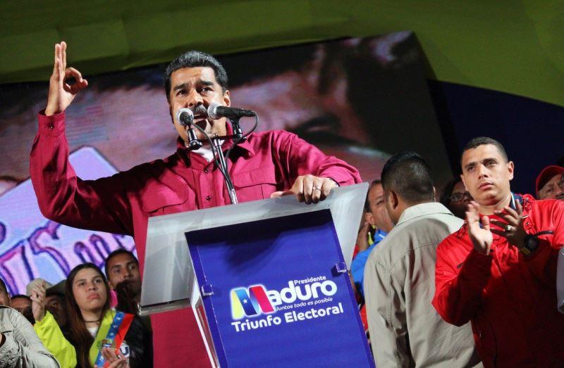 委內瑞拉總統馬杜洛(前)在總統大選中勝出,他的對手和美國都宣稱選舉無效,拒絕接受。(圖取自Nicolás Maduro臉書www.facebook.com/NicolasMaduro)