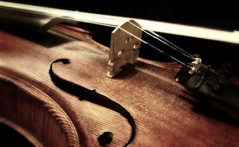 音樂史學家長期來懷疑小提琴製琴師,其實想模仿人聲。(圖取自Pixabay圖庫)