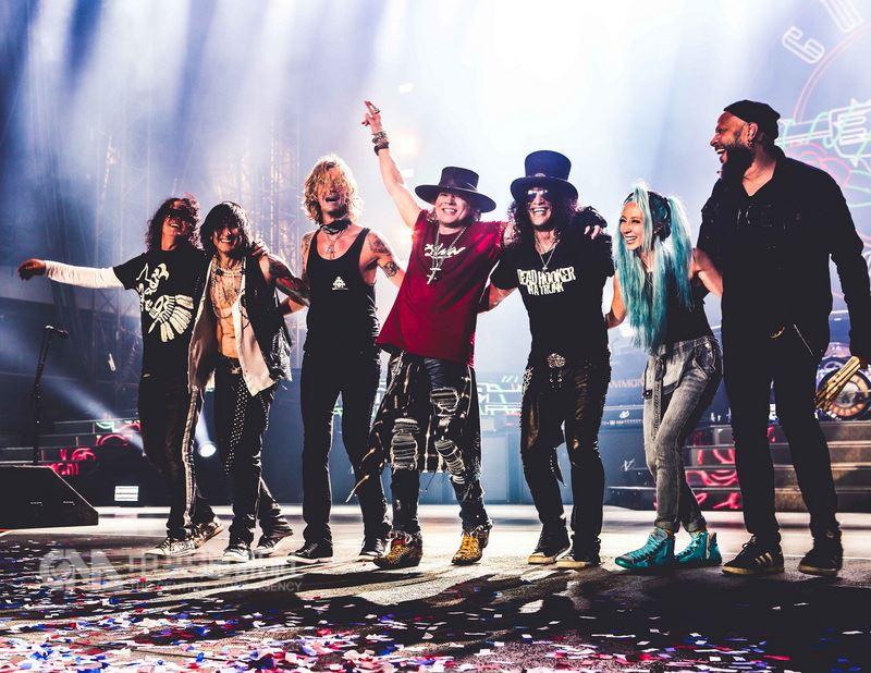 金屬搖滾樂團槍與玫瑰(GUNS N' ROSES)被譽為「死前必看的50組樂團」之一,還名列滾石雜誌「史上百大經典藝人」,他們將於11月17日在台舉辦演唱會,這也是創始成員合體後首次來台開唱。(Live Nation Taiwan 理想國提供)中央社記者汪宜儒傳真 107年5月23日