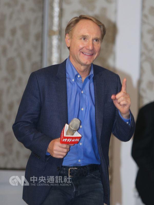 美國暢銷書作家丹布朗首度訪台,宣傳新書「起源」。(中央社檔案照片)