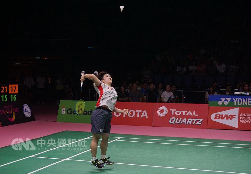 優霸盃羽球賽冠亞軍決賽26日在泰國曼谷近郊舉行,日本女單好手山口茜(圖)擊敗泰國的拉差諾,獲得首點。日本選手又連下二城,終場3比0獲優霸盃冠軍。中央社記者劉得倉曼谷攝 107年5月26日