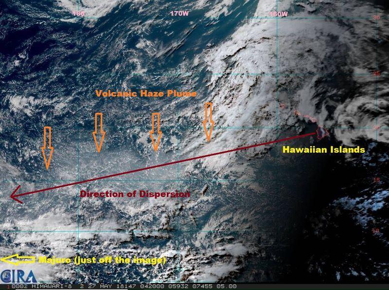 美國國家氣象局關島辦公室說,接下來幾天,夏威夷幾勞亞火山產生的霧靄將繼續向西擴散。(圖取自美國國家氣象局關島辦公室臉書 www.facebook.com/NWSGuam)