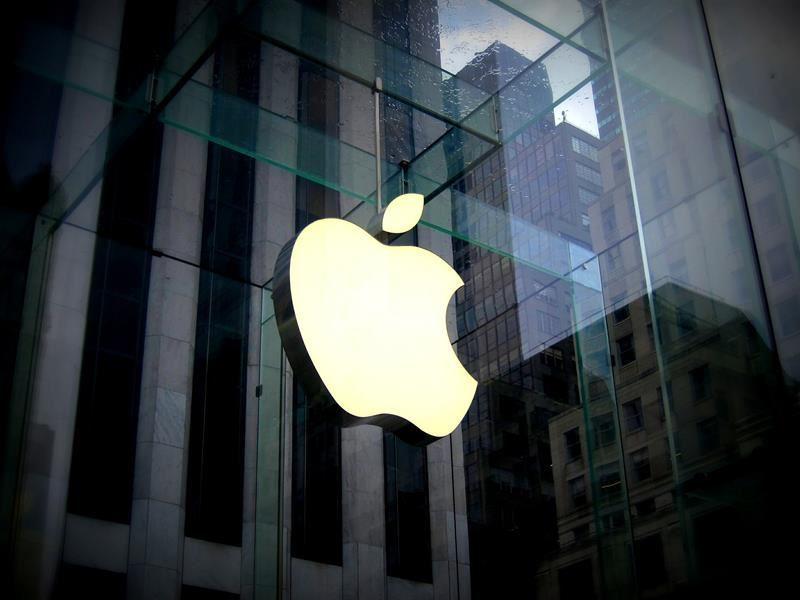 外媒報導,蘋果研發可放在iOS裝置前後方的超音波指紋辨識感測元件,進一步識別生物辨識資訊。(圖取自pixabay圖庫)