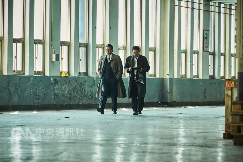 韓國電影「北風(The Spy Gone North)」由導演尹鍾彬執導,故事改編自90年代前往北韓探聽核武情報的南韓間諜「黑金星」真實故事。(CATCHPLAY提供)中央社記者江佩凌傳真 107年6月12日