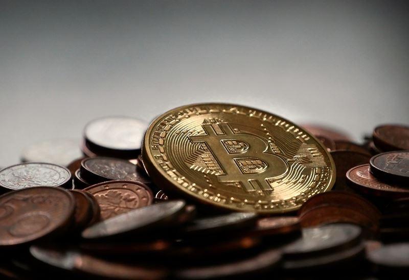 有分析師認為,大部分的比特幣,其實高度集中在有權有勢的少數人手中。(圖取自pixabay圖庫)