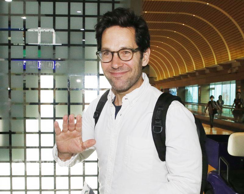 漫威電影「蟻人與黃蜂女」男主角保羅•路德(Paul Rudd)14日搭機離台,對於粉絲的熱情印象深刻,希望有機會能再度來台。中央社記者邱俊欽桃園機場攝 107年6月14日