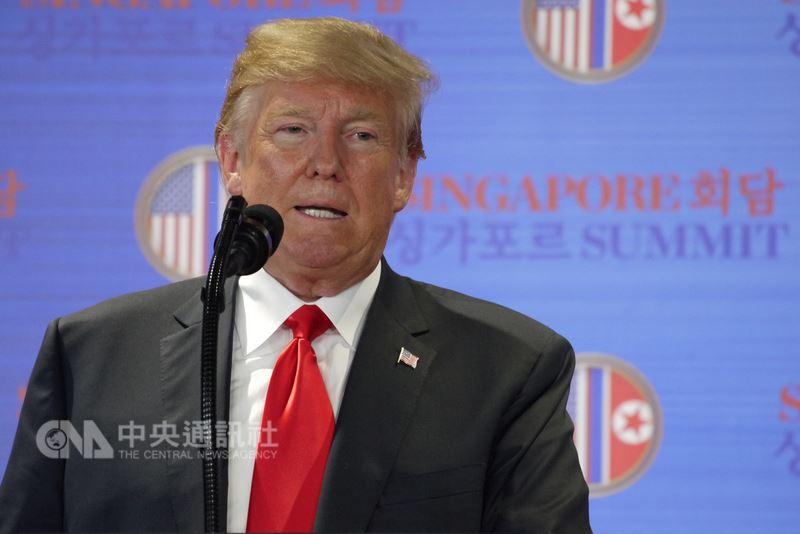 美國總統川普(圖)預定15日公布對中國輸美商品加徵關稅的清單,官員表示,川普料將指示對中國採取「相當重大行動」。(中央社檔案照片)