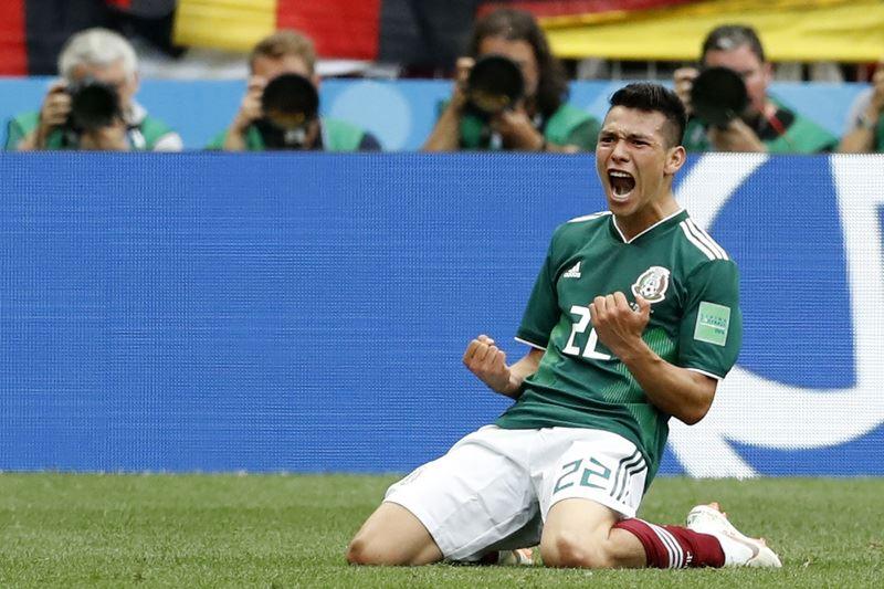 墨西哥靠著前鋒洛薩諾第35分鐘門前勁射破網,率隊1比0扳倒衛冕軍德國。(達志提供)