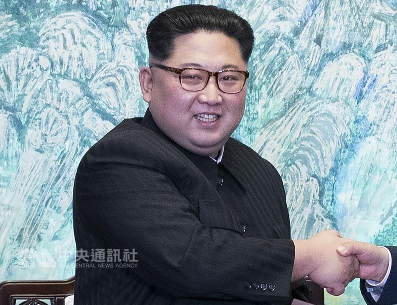 中國國際關係學者時殷弘表示,「川金會」提高了北韓的國際地位,增強了金正恩(圖)的自信。(中央社檔案照片)