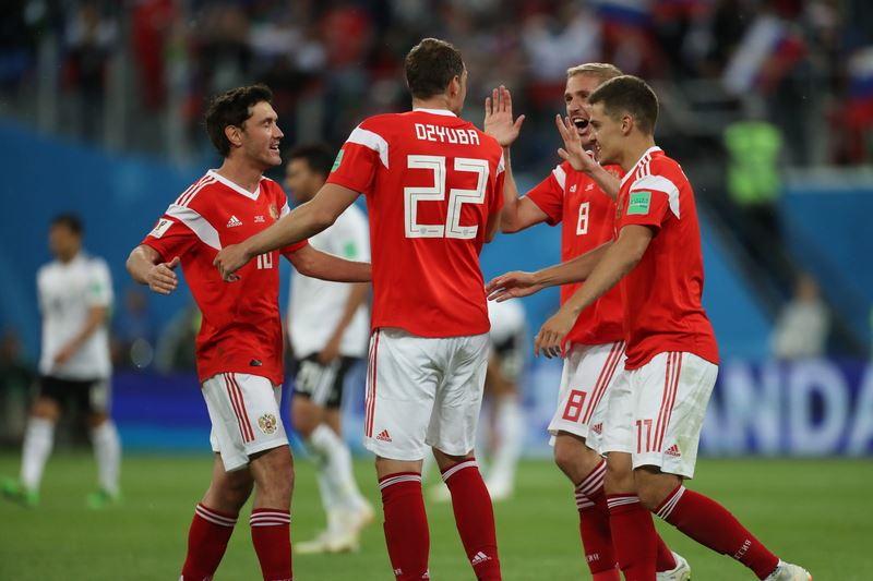 俄羅斯19日下半場火力全開,3度射破埃及大門,終場以3比1拿下世界盃小組賽2連勝和6分積分。(達志提供)