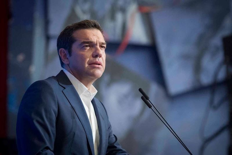 希臘總理齊普拉斯在與執政聯盟國會議員歡慶會上說,希臘能重新成為「社會福利國家」。(圖取自齊普拉斯臉書www.facebook.com)
