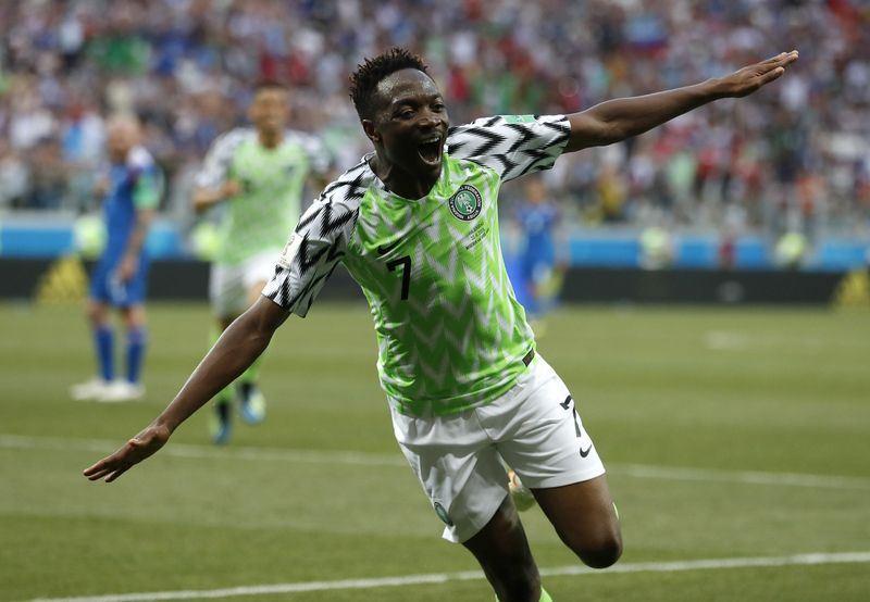 奈及利亞球員穆薩22日踢進2球,助「非洲雄鷹」奈及利亞2比0擊沉冰島。(達志提供)