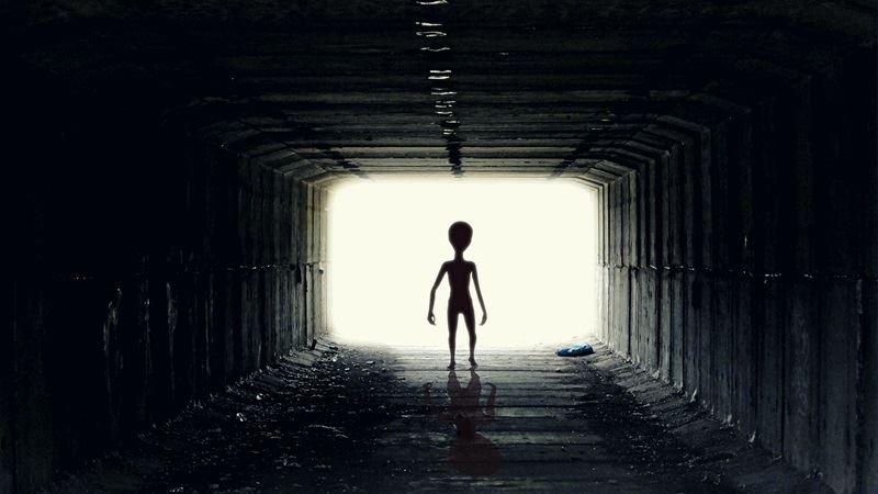 牛津大學的人類未來研究所的研究報告,指出外星人可能根本不存在。此為示意圖。(圖取自Pixabay圖庫)
