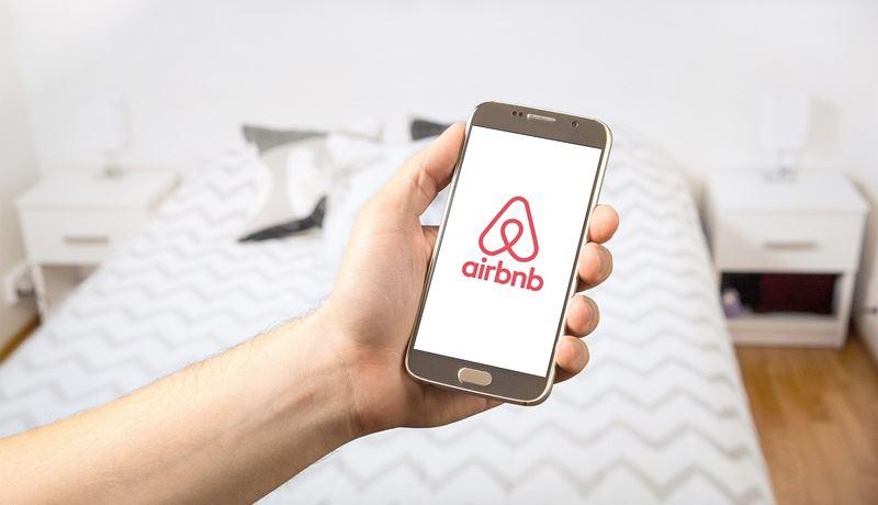 巴黎去年11月將短期出租自宅的每年上限訂為120天,巴黎市政府更於今年4月表示,將控告Airbnb和租房網Wimdu,因為他們沒有撤下未確實申報的房屋出租廣告。(圖取自Pixabay圖庫)