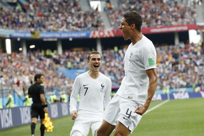 俄羅斯世界盃8強賽事在台北時間6日晚間開踢,法國以2比0氣走烏拉圭,率先搶下4強門票。(達志提供)