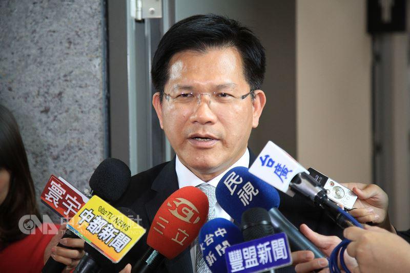 台中市長林佳龍11日表示,尊重人事權,唯一建議的是政務官、部會首長能夠多下鄉,將前瞻建設的成果透過和地方政府的互動,讓更多人知道。中央社記者趙麗妍攝 107年7月11日