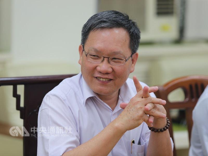 財政部長許虞哲將去職,由次長蘇建榮(圖)升任。(中央社檔案照片)