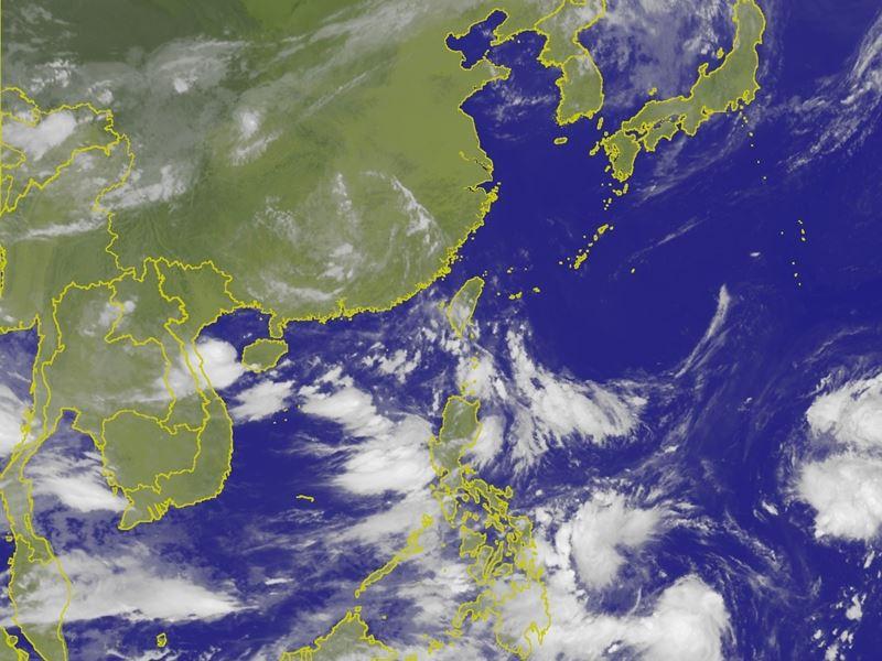 气象专家吴德荣12日表示,各国模式皆模拟出,2、3天后在菲律宾东方海面及南海,有热带扰动发展的迹象,成台的机率不小,台风季已进入活跃期。(图取自中央气象局网页www.cwb.gov.tw)
