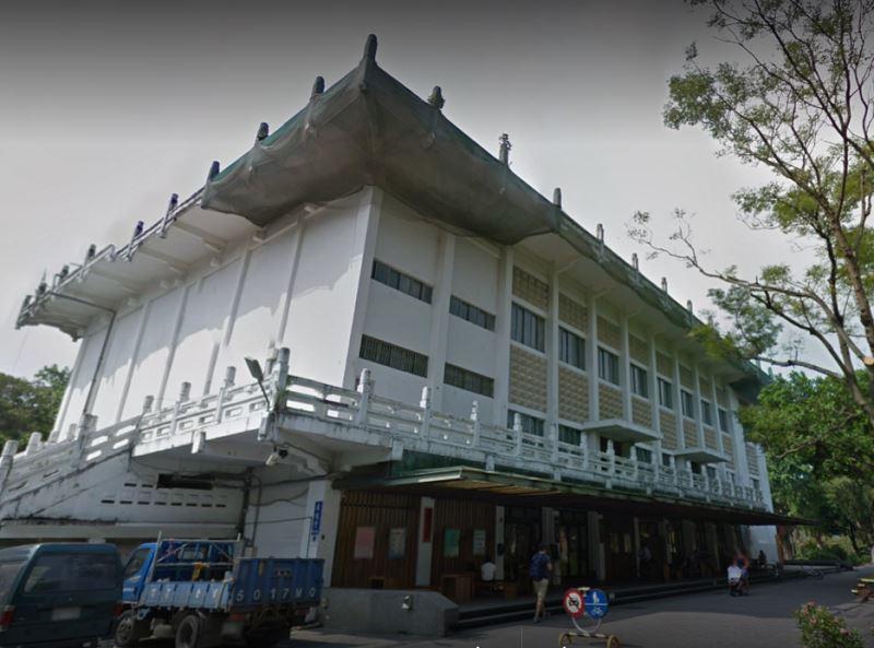 台北市政府文化局13日召開諮詢會通過,將就鹿鳴堂成為暫定古蹟重啟審議。(圖取自Google地圖google.com/maps)