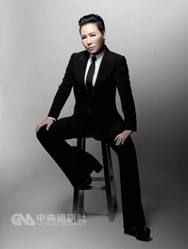 歌手黃小琥受邀投入Legacy 2018「都市女聲」系列活動,8月將在台北、台中舉行Cause I Don't Care演唱會。(星光娛樂提供)中央社記者江佩凌傳真 107年7月17日
