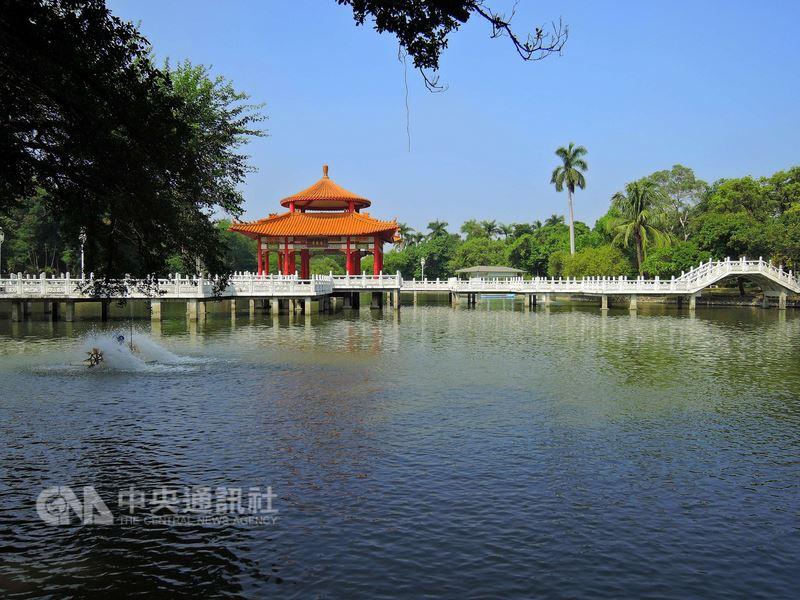 台南公園(圖)在今年2月由台南市政府公告為文化景觀,台南市文化資產管理處19日宣布啟動台南公園保存維護計畫。(台南市文資處提供)中央社記者楊思瑞台南傳真 107年7月19日