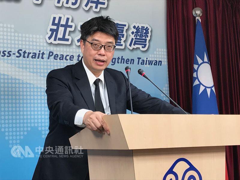 香港擬禁止主張「香港獨立」的民族黨運作,陸委會副主委兼發言人邱垂正說,若壓制香港民主自由訴求,可能催化更多激烈行為,希望港府審慎處理。(中央社檔案照片)