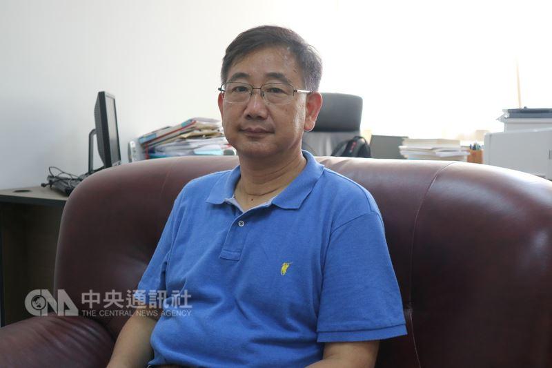 中國大陸學者包承柯20日表示,陸委會主委陳明通在美國的講話,出現了「一個中國」和「民族大同」的概念,這在大陸看來是進步的地方,但同時也把怎麼處理中華民國的問題再度凸顯。中央社記者陳家倫上海攝 107年7月20日