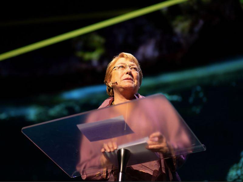 聯合國秘書長古特瑞斯宣布指派巴舍萊(圖)出任聯合國新任人權首長,她曾兩度當選智利總統,名列全球最具影響力女性政治人物。(圖取自Michelle Bachelet臉書www.facebook.com)