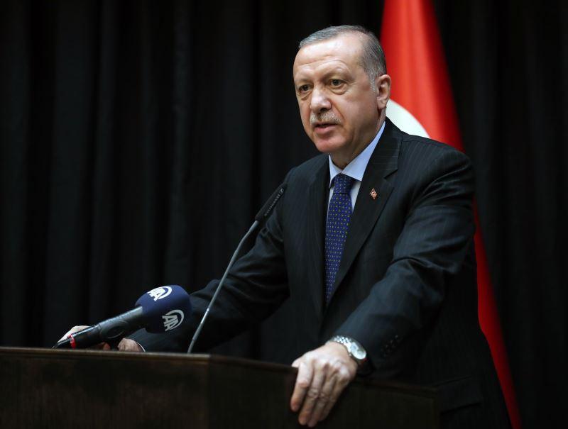 里拉兌美元匯率近數週來屢創新低,土耳其總統艾爾段對於匯率狂貶令人引以為憂的說法加以駁斥,要土國人民「不必擔心」。(圖取自艾爾段臉書www.facebook.com/RecepTayyipErdogan)